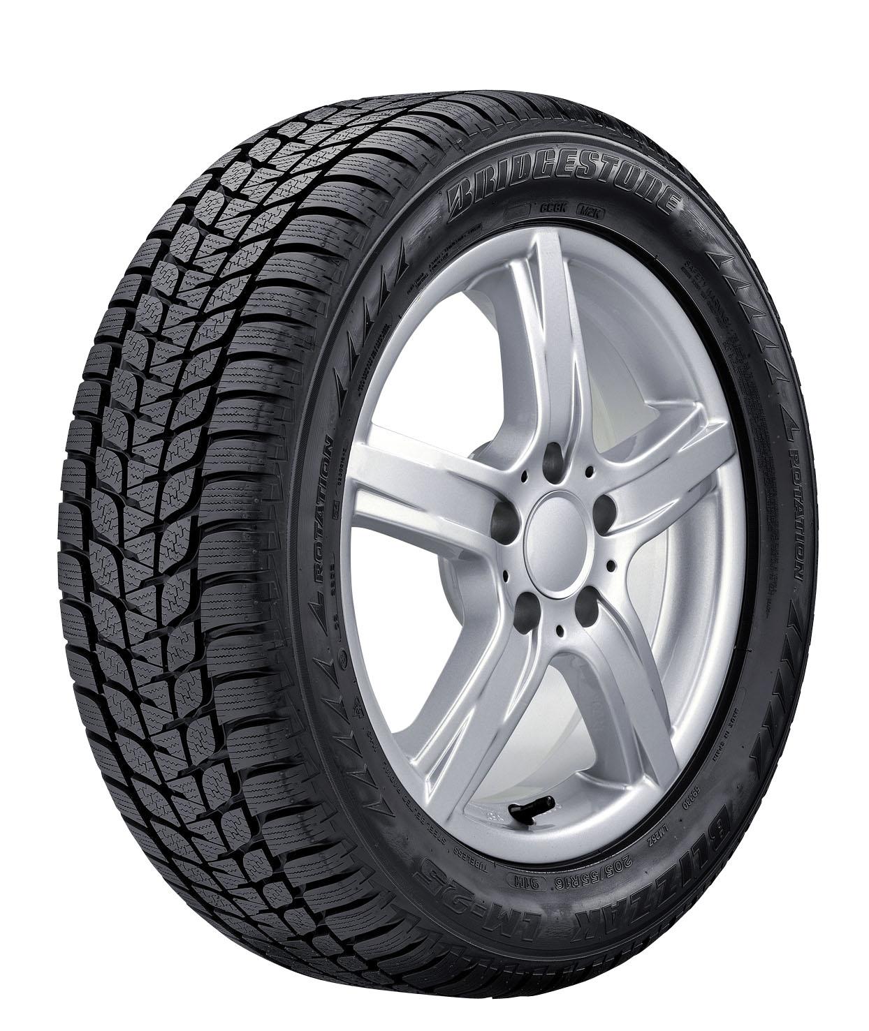 Bridgestone Blizzak LM 25 U235/45 R18