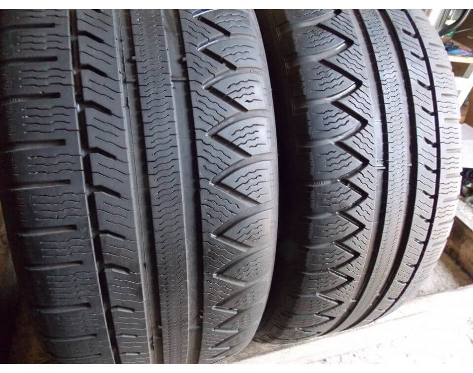 Michelin Pilot Alpin RA3 235/40 R18